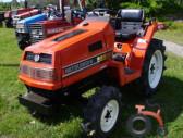 Kita Japoniški mini traktoriai