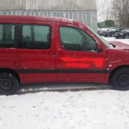 Peugeot Partner dalimis