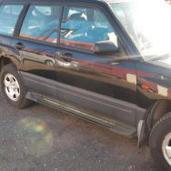 Subaru Forester dalimis. 2
